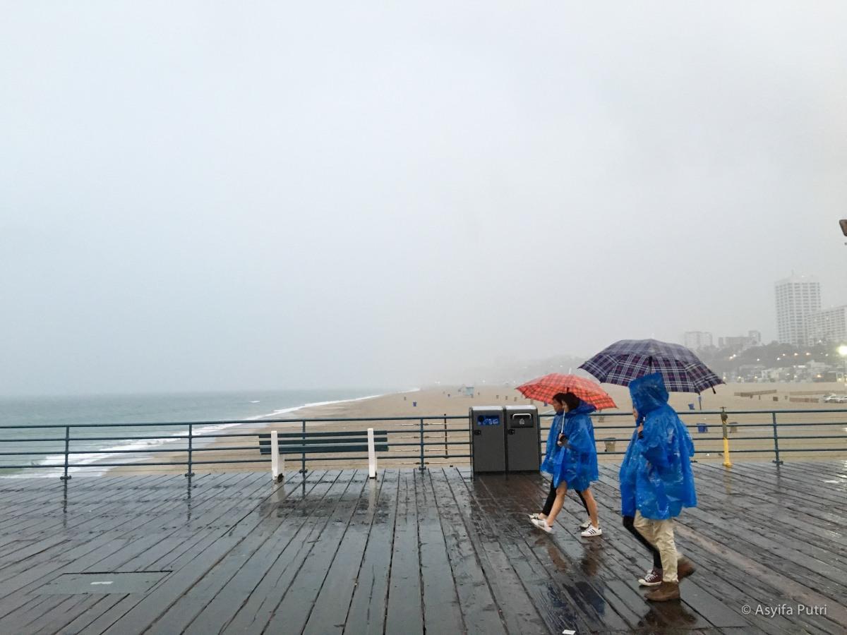 santa monica beach rain